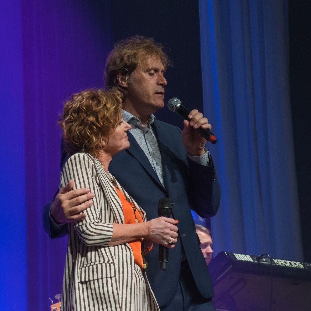 Met Maarten Peters in de theatershow