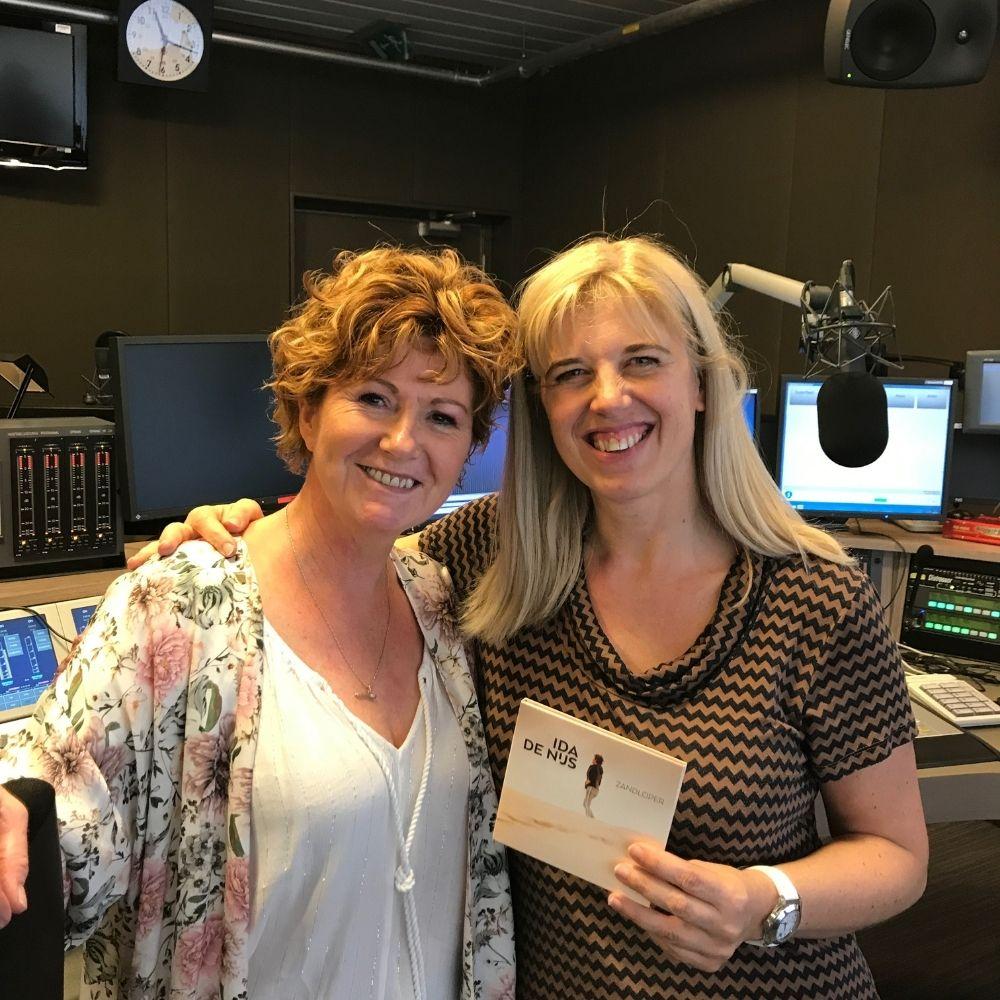 Met Vanessa Vanhove bij VRT Radio2